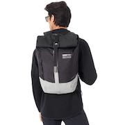 Oakley Latch Roll Top Backpack - Blackout