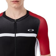 Colorblock Road Jersey - Red Line