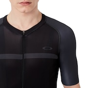 Colorblock Road Jersey - Blackout