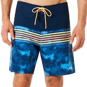 18 Inches Seemless Striped Boardshort