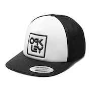 Snapback Logo Hat - Blackout