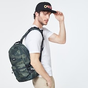 Street Backpack - Core Camo
