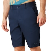 Cypress Gab Stretch Short - Dark Blue