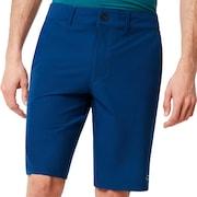 Hybrid Short 5 Pockets