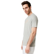 Rise Up Tee - Stone Gray