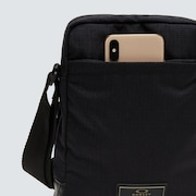 Utility Crossover Ipad Case - Blackout