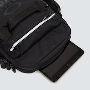 Utility Crossover Ipad Case - Blackout