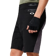 MTB Trail Short - Blackout