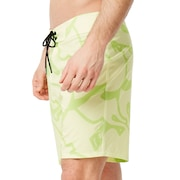 Staple Graffiti Boardshort 18 Inc - Pale Lime Yellow