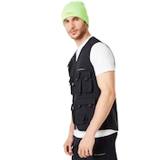 Outdoor Vest - Blackout
