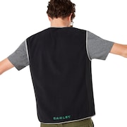 Hybrid Pile Vest - Blackout