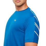 Enhance Small Qd Short Sleeve Tee - Electric Shade