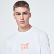 Bold O-Grip Short Sleeve Tee - White