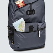 Street Backpack 2.0 - Uniform Gray