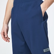 R&D Patch Short - Universal Blue