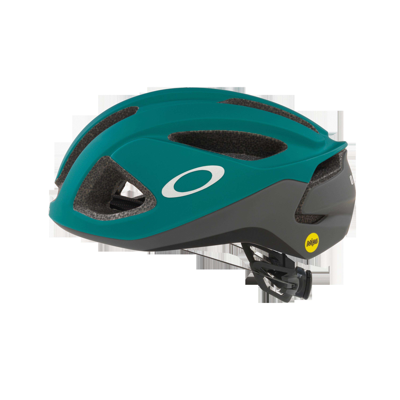 Oakley Aro3 In Green