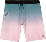 Fade Nomad Boardshort - Pink Dust