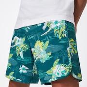 Tropical Bloom 18 Boardshort