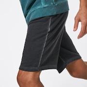 Dye Short