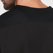 Cascade Trail Tee - Blackout