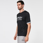 Pipeline Trail Tee - Blackout