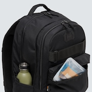 Street Skate Backpack 2.0 - Blackout