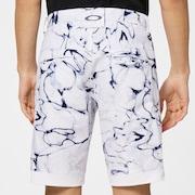 Oakley Addictive Shorts 3.0 - White Print