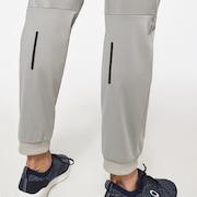 Foundational Pant 2.0 - Stone Gray