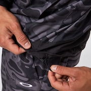 Enhance Wind Warm Graph JKT 10.7 - Black Print