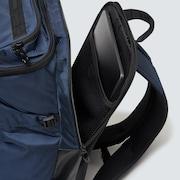 Essential Box Pack M 4.0 - Black Iris