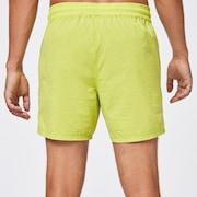 Oakley Patch 16 Beachshort - Golden Lime