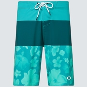 Floral Seamless 20 Boardshort - Green/Flowers