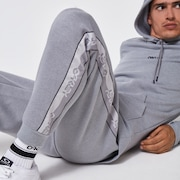 Attitude Accent Fleece Pant