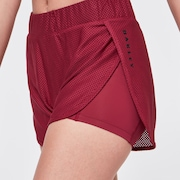 Studio Short - Burgundy